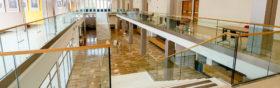 IMAGE-DE-FOND_SABCO-garde-corpsverre_glass-balustrade_Agora