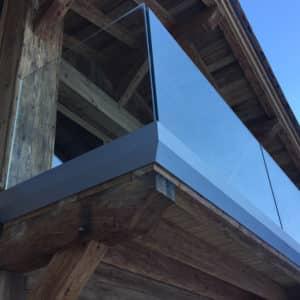 PHOTOS-GALERIE_SABCO_Balcon_rambarde-verre_Porch-glass-balustrade_chalet-bois-wood-house