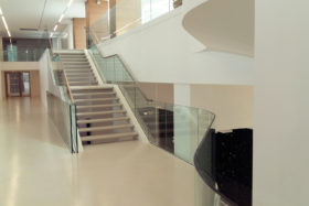 PHOTOS-GALERIE_SABCO_garde-coprs-verre_glass-balustrade_Metropolitan_Paris3