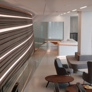 Glass balustrade, Metropolitan hotel